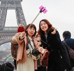 f-selfies-a-20150113.jpg